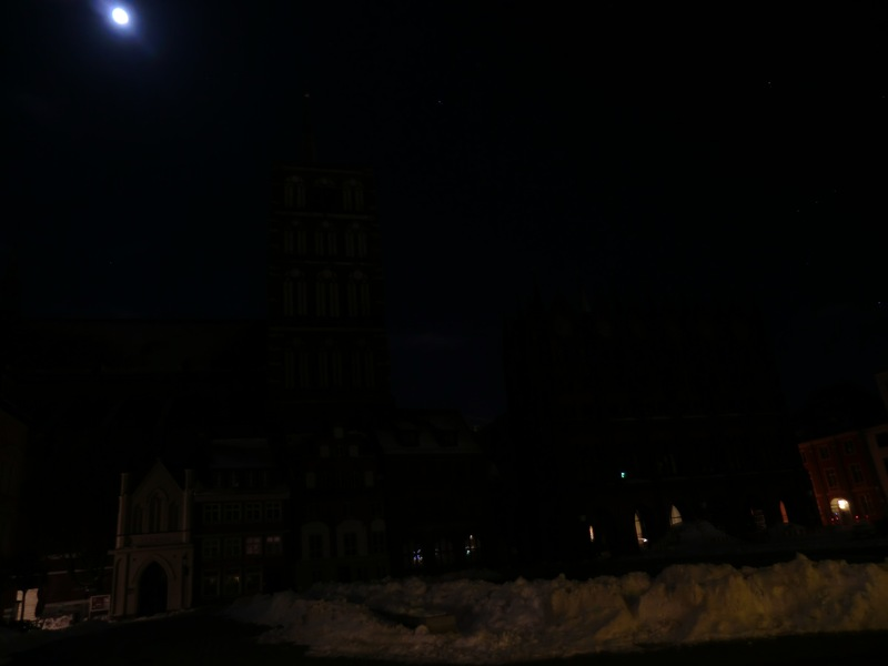 Earth Hour 2013 in Stralsund: dunkel
